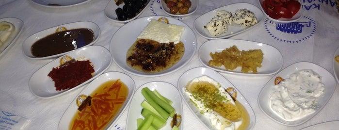 Van Kahvaltı Salonu is one of Op Dr'ın Beğendiği Mekanlar.