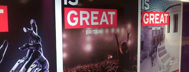 British Council is one of Locais curtidos por Cristhian.