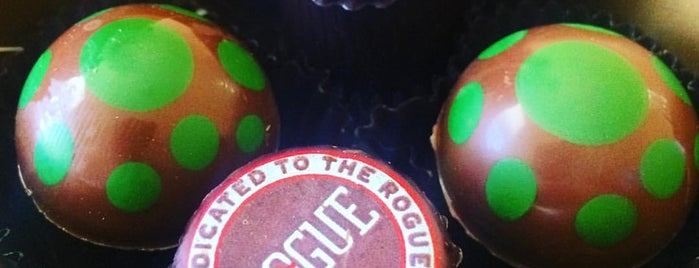 Moonstruck chocolate Co. is one of Posti che sono piaciuti a Rocky.