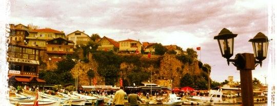 Cekek Cafe is one of Tempat yang Disimpan Sibel.