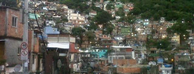 Rocinha is one of lab.