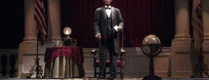 The Disneyland Story presenting Great Moments with Mr. Lincoln is one of Lieux qui ont plu à Aljon.