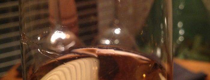 Le Bouchon Café is one of Tempat yang Disimpan Andrey.