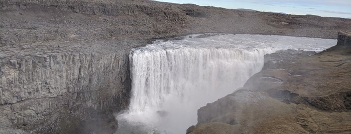 Dettifoss is one of Lieux qui ont plu à Mohammad (Mo).