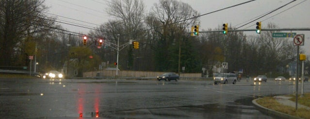 Berlin Kresson Rd / Kresson Gibbsboro Rd / Kresson Rd / Braddock Mill Rd is one of New Jersey highways and crossings.