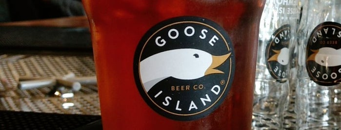Goose Island Brewhouse is one of Cerveja.