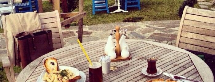 Sea Garden Cafe & Restaurant is one of Aaa'nın Beğendiği Mekanlar.