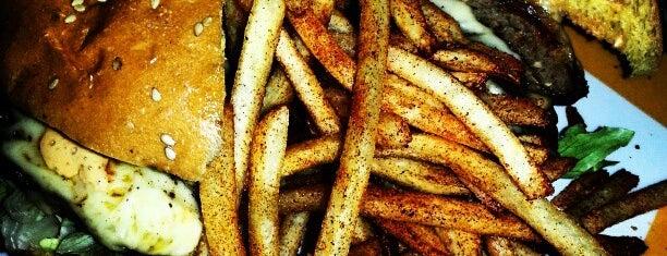 Bacho's Grill is one of Posti che sono piaciuti a Francisco Adun.