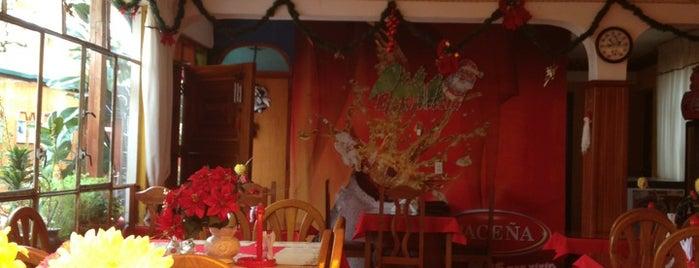 Lomas De Aranjuez is one of pour manger =).