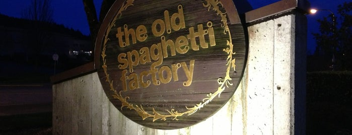 The Old Spaghetti Factory is one of สถานที่ที่ Nick ถูกใจ.