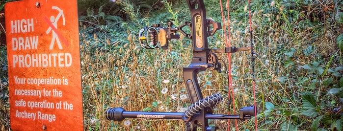Redwood Bowmen Archery Range is one of Priscillaさんのお気に入りスポット.