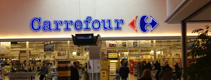 Carrefour is one of Vincent'in Beğendiği Mekanlar.