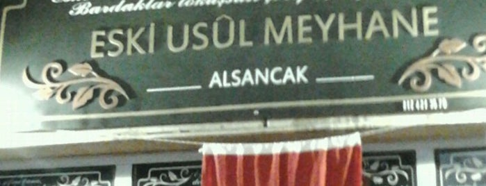 Eski Usül Meyhane is one of Lieux qui ont plu à Sarper.