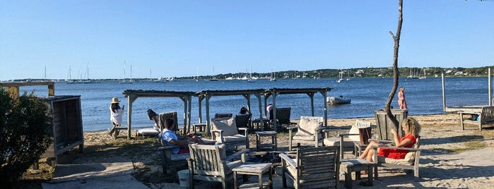 The Beach Bar @ The Crow's Nest is one of Hamptons.