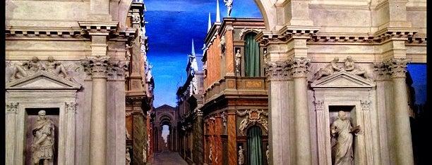 Teatro Olimpico is one of #invasionidigitali 2013.