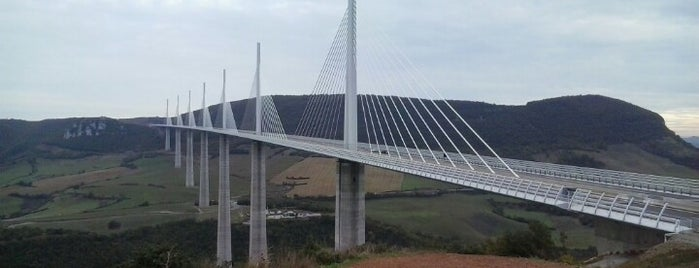 Viaducto de Millau is one of Bienvenue en France !.