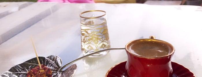 GAİA VİNTAGE CAFE is one of Yaşamkent.