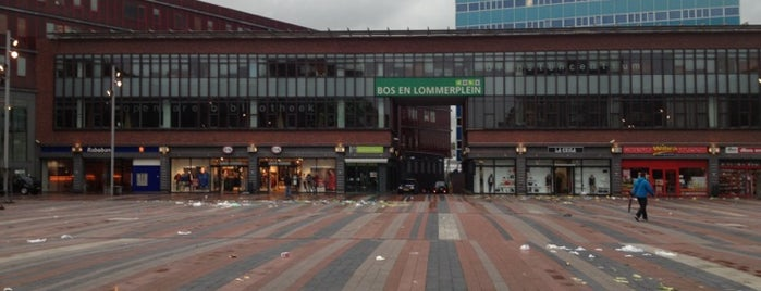 Bos en Lommerplein is one of Orte, die Can gefallen.