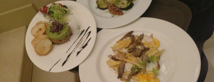El Restaurante del Majestic is one of Restaurantes para dejarse ver.