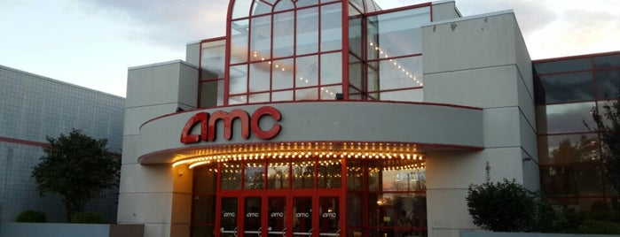 AMC Loews East Hanover 12 is one of Lugares favoritos de Michael.
