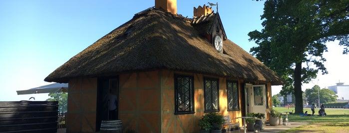 Den Gule Cottage is one of Copenhagen Musts.