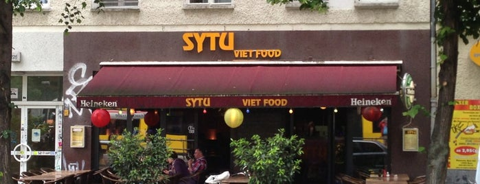 SyTu - Viet Food is one of Posti che sono piaciuti a Sharon.