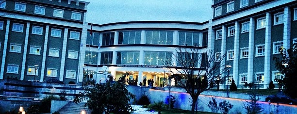Kongre Merkezi is one of Posti che sono piaciuti a Barış.