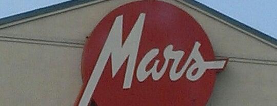 Mars Super Market is one of Orte, die JCakes❤ gefallen.
