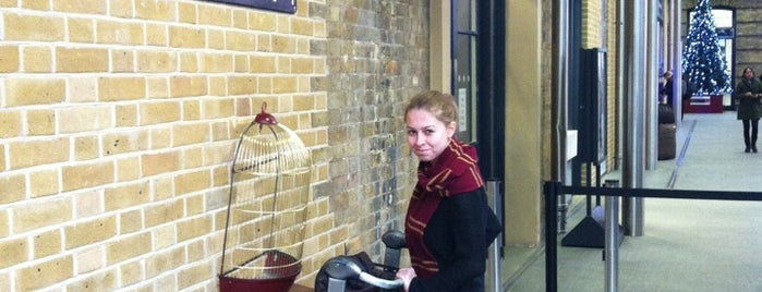 Platform 9¾ is one of London.