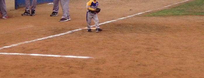 Campos de Beisbol Otay is one of Orte, die Carlos gefallen.