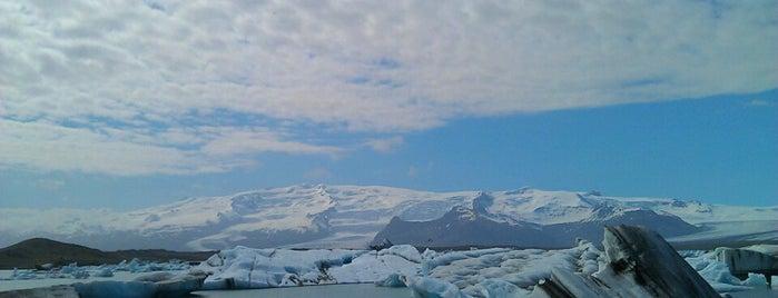 Jökulsárlón (Glacier Lagoon) is one of Iceland.