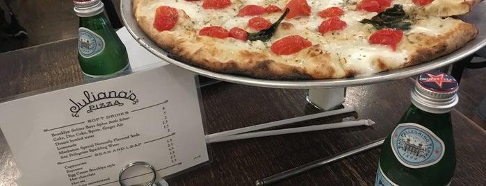 Juliana's Pizza is one of Giana'nın Beğendiği Mekanlar.