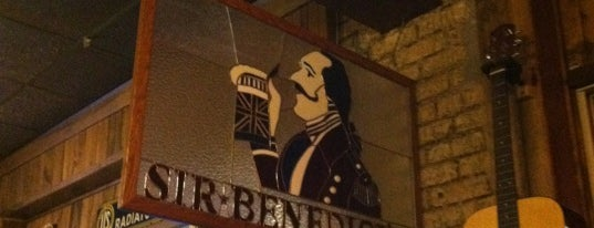 Sir Benedict's Tavern is one of Paulさんのお気に入りスポット.