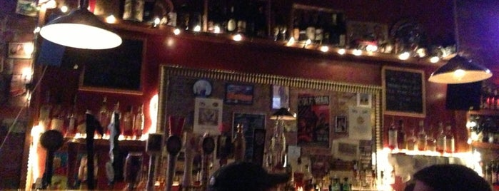 Fourth Avenue Pub is one of Brooklyn Eats.