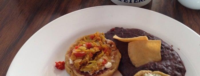 Café Reforma is one of Tempat yang Disukai Pitufry.