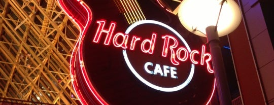 Hard Rock Cafe Louisville is one of Downtown Lunch Grind.