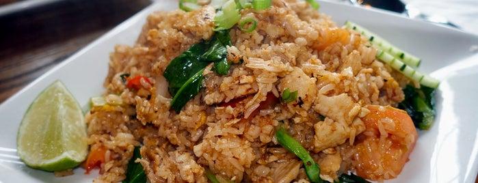 Sup Thai Kitchen is one of Locais salvos de Liz.