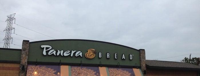 Panera Bread is one of Tempat yang Disukai JC.