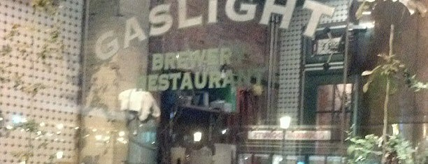 Gaslight Brewery and Restaurant is one of Breweries or Bust 2.