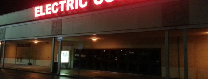 Electric Cowboy - Country and Dance Nightclub is one of Want to try.
