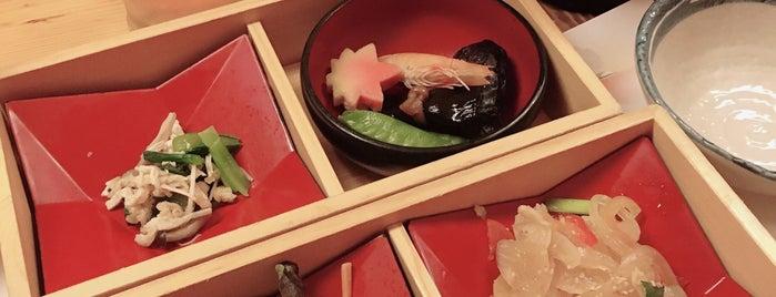 Ryoutei -りょうてい- is one of สถานที่ที่ Nyoho ถูกใจ.