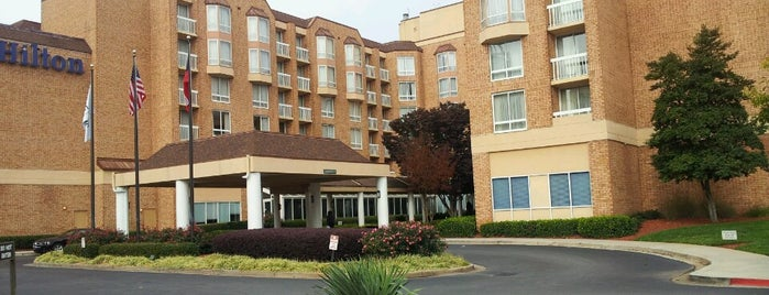 Hilton Atlanta Perimeter Suites is one of Places I've stayed.