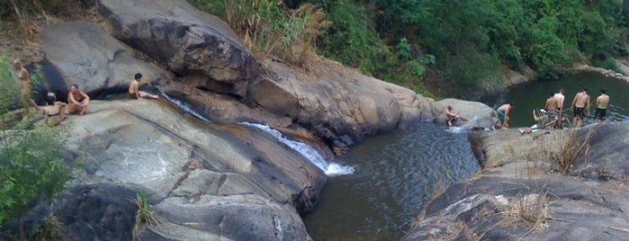 Moh Pang Waterfall is one of Locais curtidos por Bianca.