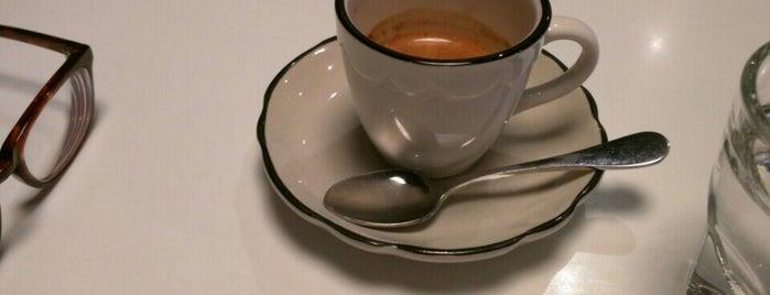 Everyman Espresso is one of NYC  cafe / coffee lovers (esp soy milk drinkers).