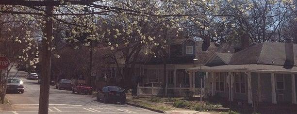 Grant Park Neighborhood is one of Julie : понравившиеся места.