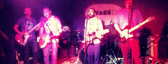 Espace B is one of LIVE MUSIC PARIS.