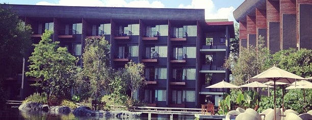 Renaissance Phuket Resort & Spa is one of VACAY-PHUKET.