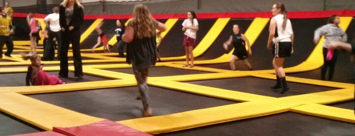 Stratosphere Trampoline Park is one of With Kids on Rainy Day.