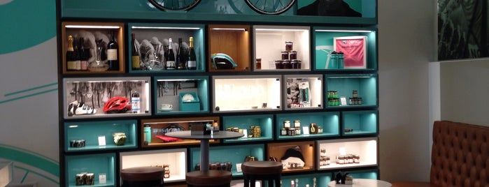 Bianchi Cafè & Cycles is one of Milan Lifestyle Guide.
