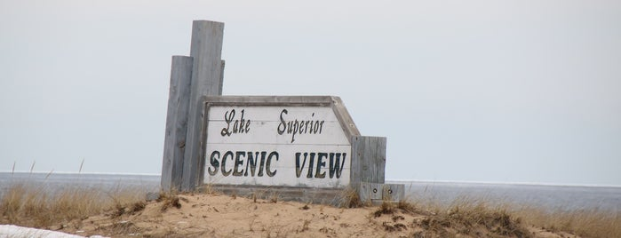 Lake Superior - AuTrain Scenic Overlook is one of Lugares guardados de Patrice M.